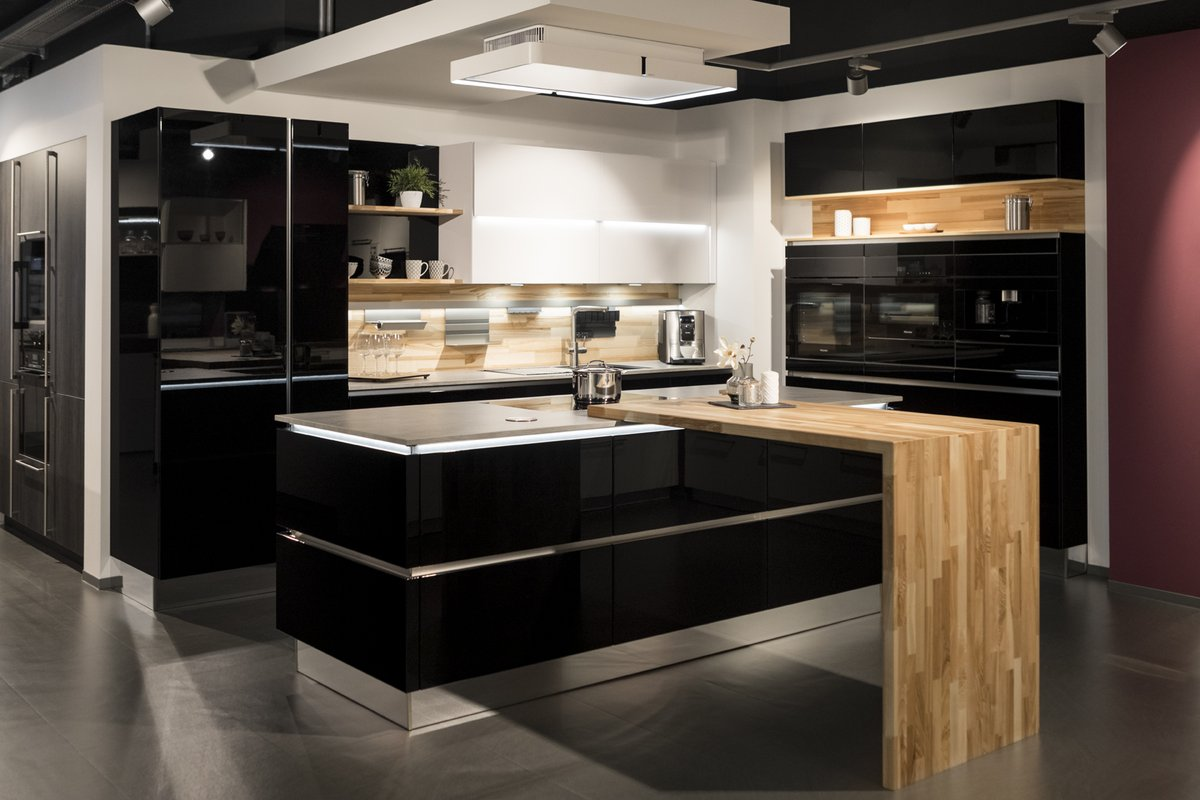 Küchenstudio Rink seit 19 Jahren in Wetzlar: Küchenausstellung
